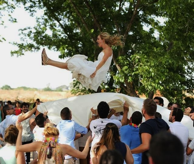 דיג'יי ומוסיקה חיה לחתונה